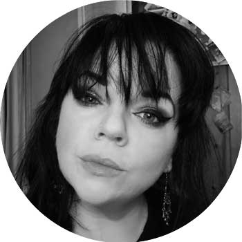 Author Mel Bradley
