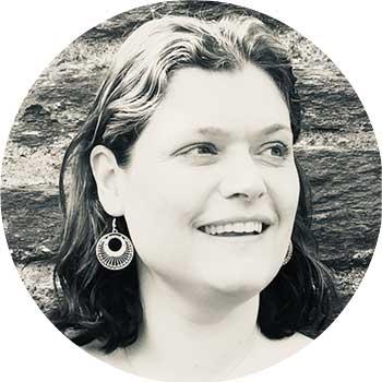 Author Sue Divin